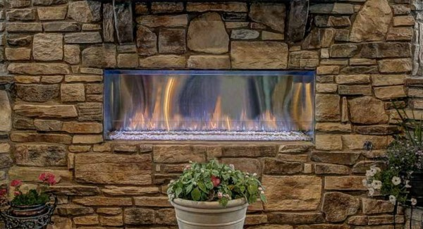 Majestic LANAI OUTDOOR GAS FIREPLACE 1